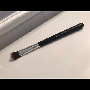Beau Gâchis illuminater brush